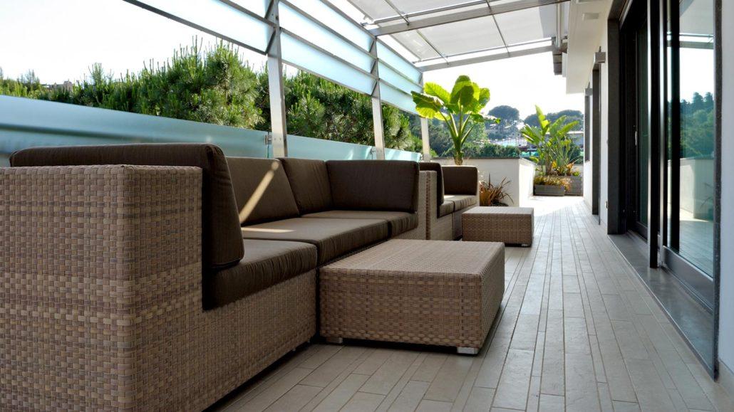 Outdoor realizzazioni ikonos design roma for Arredi terrazzi design